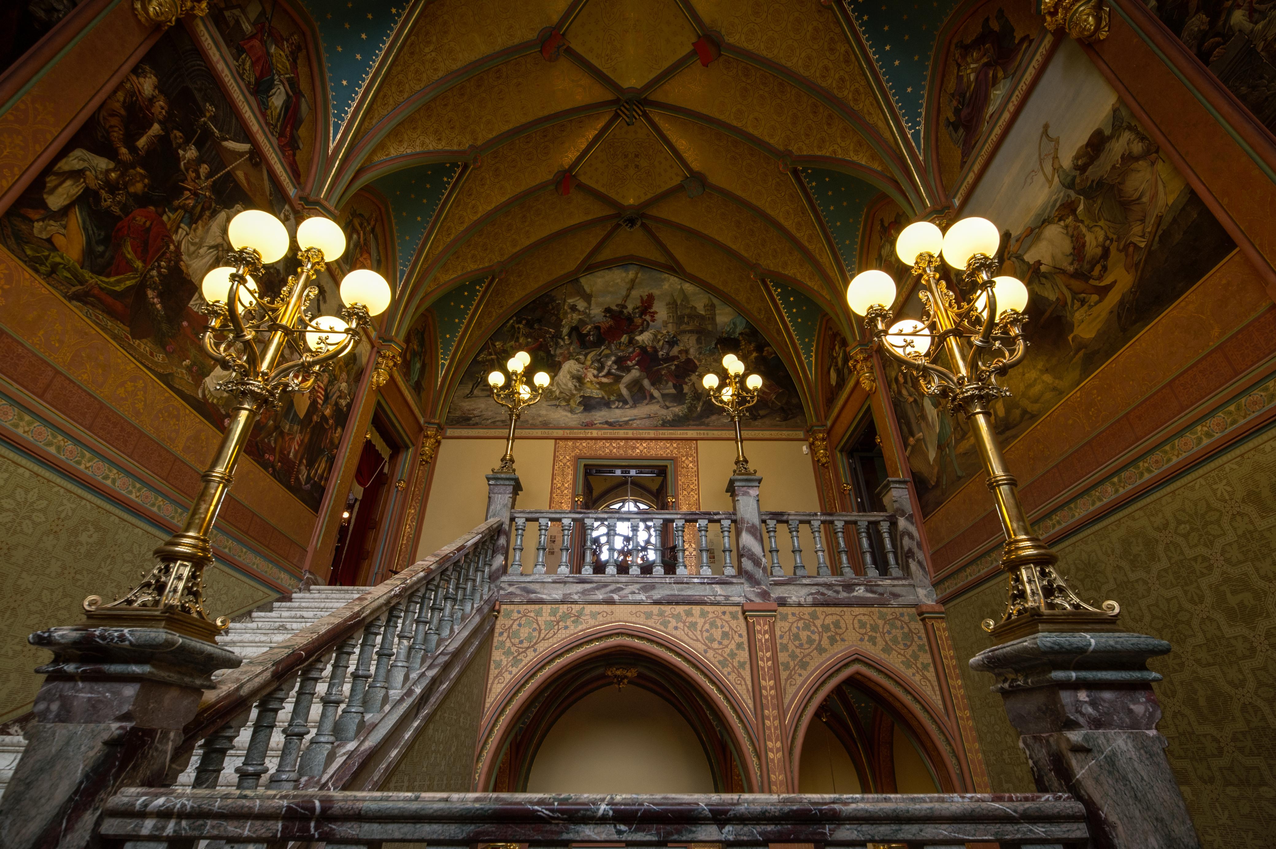 Staircase Drachenburg Castle. Per Wikimedia