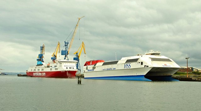 Lagan Viking in Norfolk Line livery (note the Maersk funnel colours), fresh from a dry-docking in 2008. Also pictured is the former Harwich-Hook of Holland HSS Stena Discovery, which was laid-up at Belfast awaiting sale