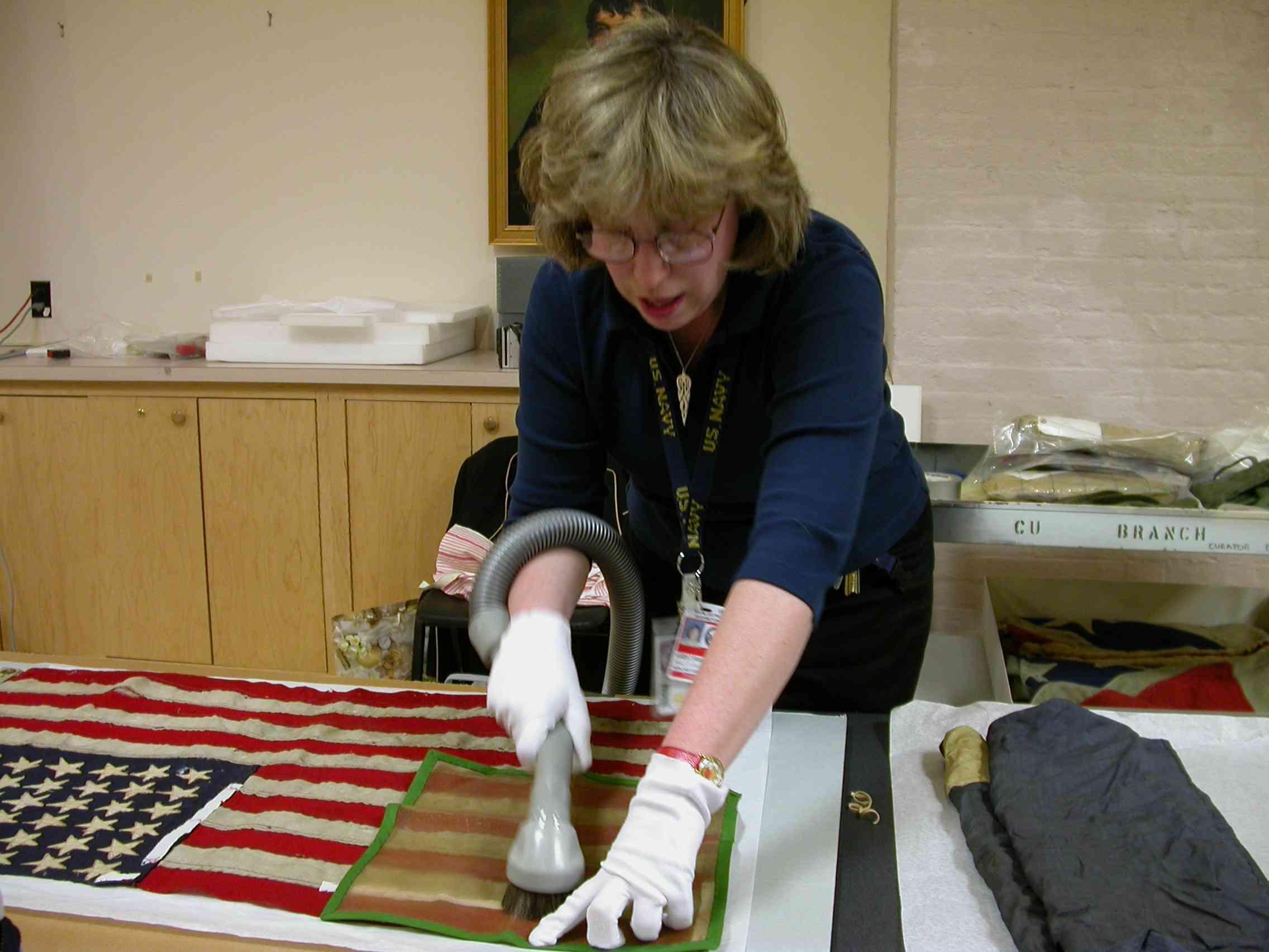 textile conservator s manual l andi sheila