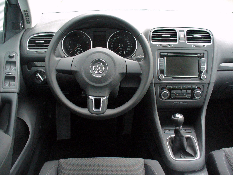 File vw golf vi 1 4 tsi 160ps comfortline reflexsilber for Volkswagen golf 6 interieur