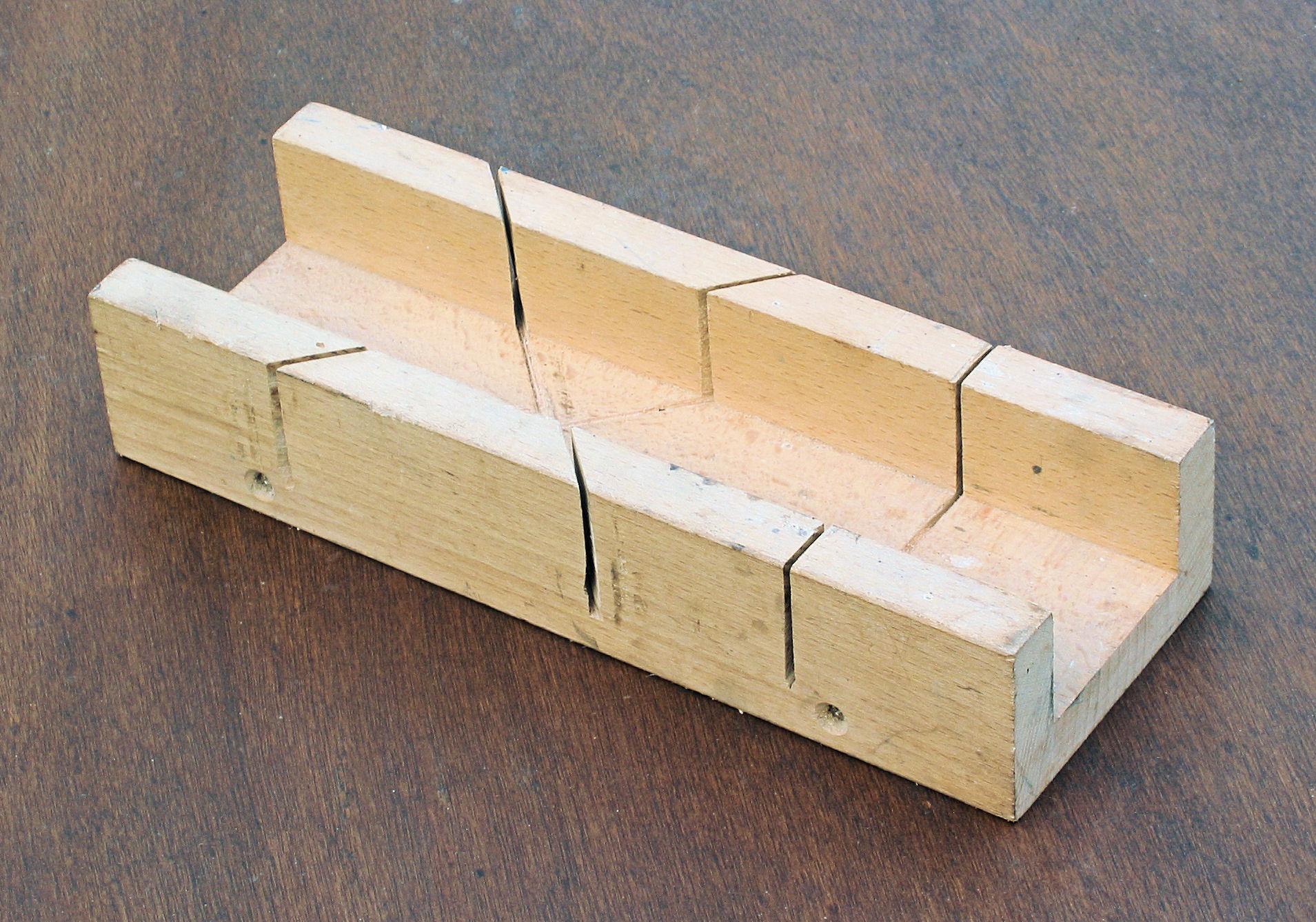 Caja de ingletes mi carpinteria - Guia para construir ...