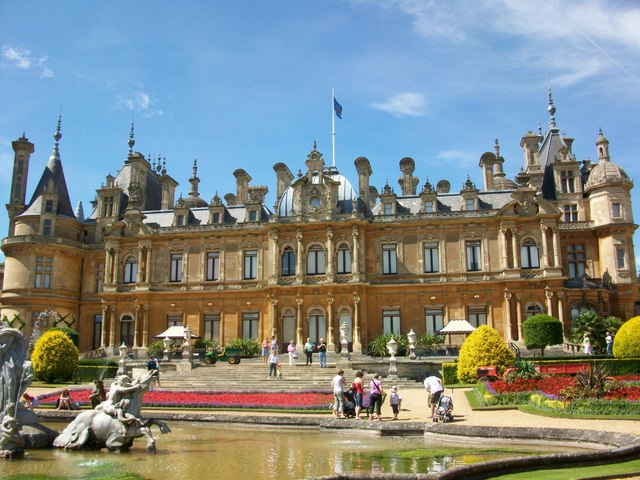 Waddesdon Manor front face - geograph.org.uk - 1188615