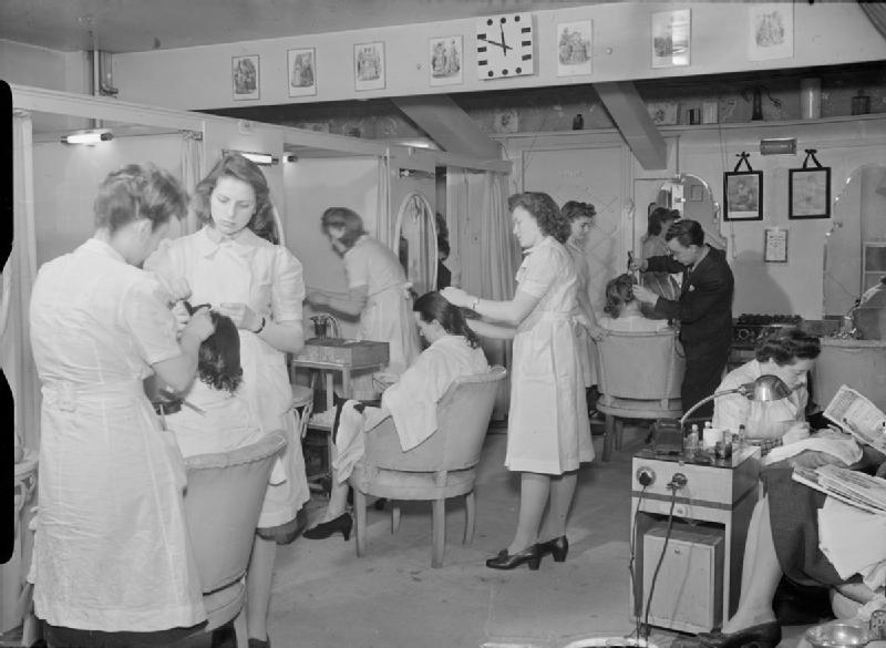 File:Wartime Hair Dresser- the work of Steiner's Salon, Grosvenor Street, London, England, UK, 1944 D18212.jpg