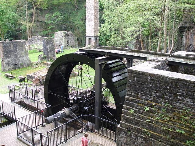 Waterwheel, Aberdulais Falls - geograph.org.uk - 1367026