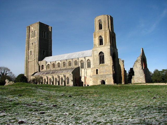 Wymondham Abbey - geograph.org.uk - 675436