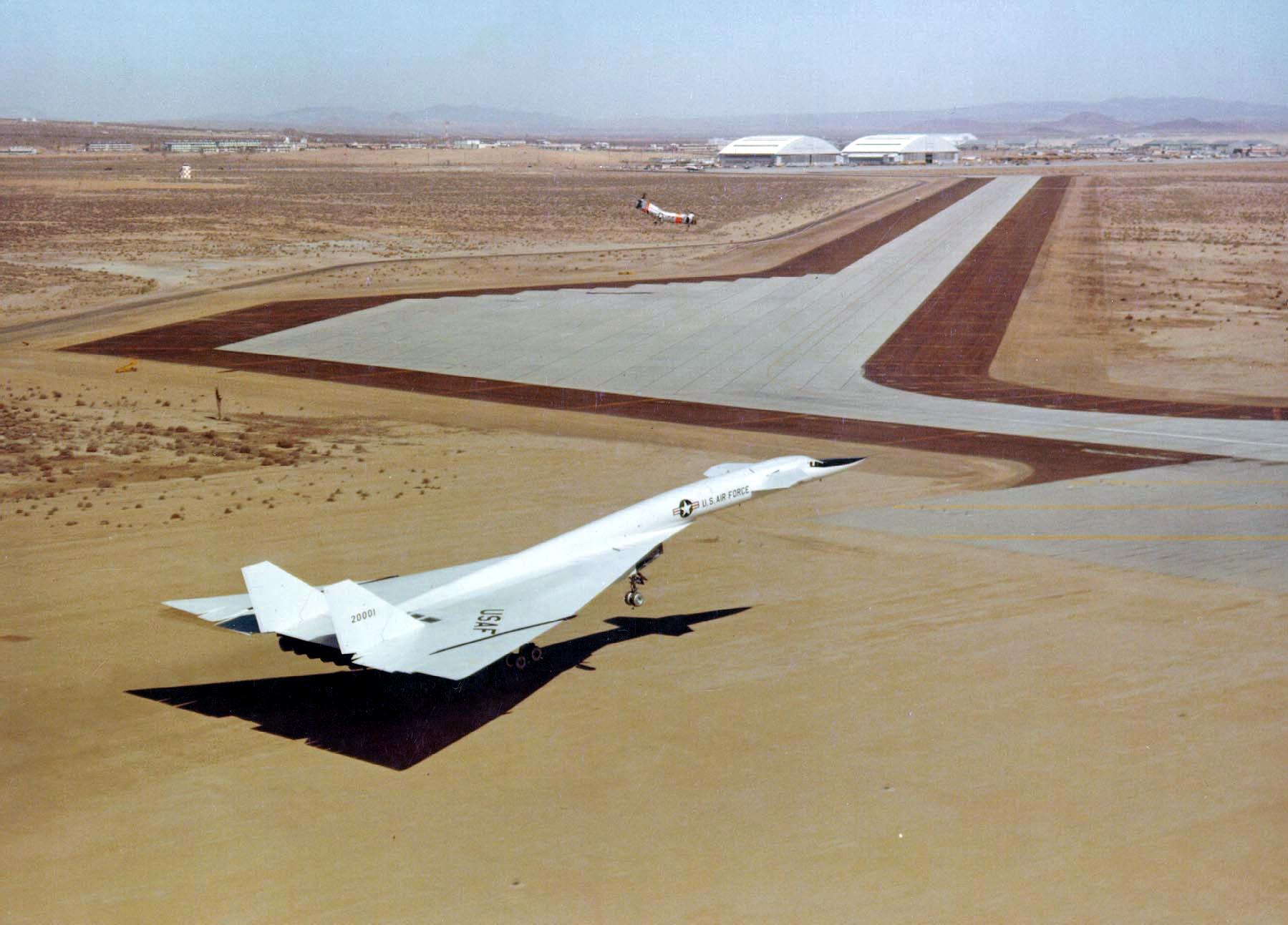 XB70-1_300.jpg