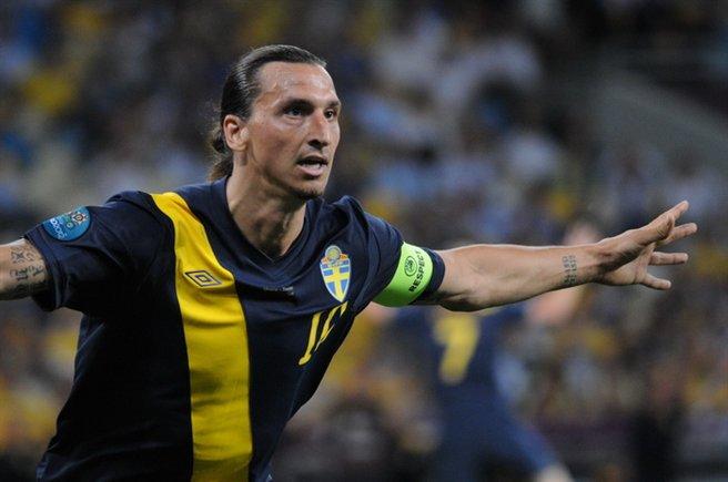 [Image: Zlatan_Ibrahimovi%C4%87_Euro_2012_vs_Ukraine.JPG]