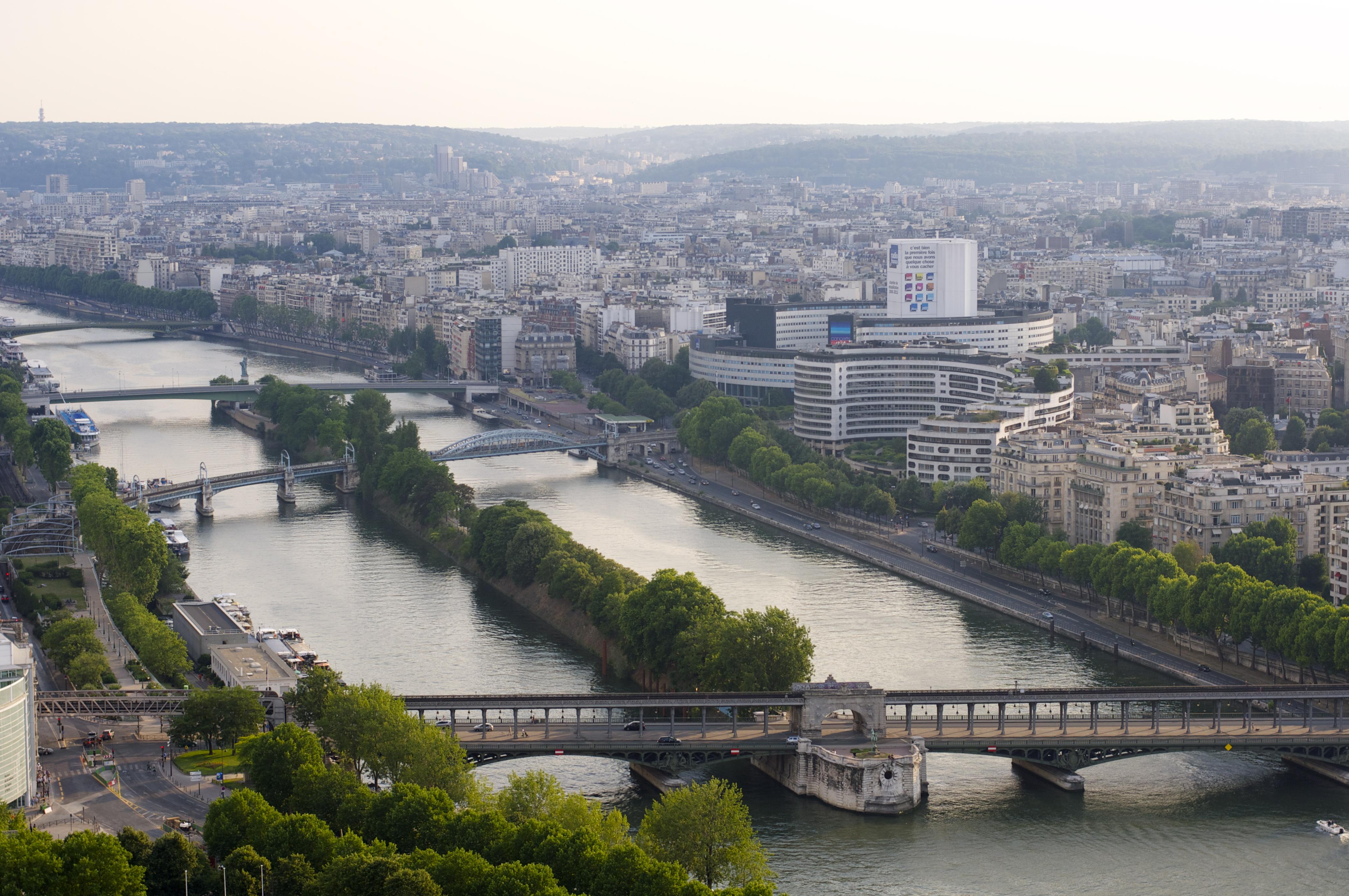 Hotel Sur Paris