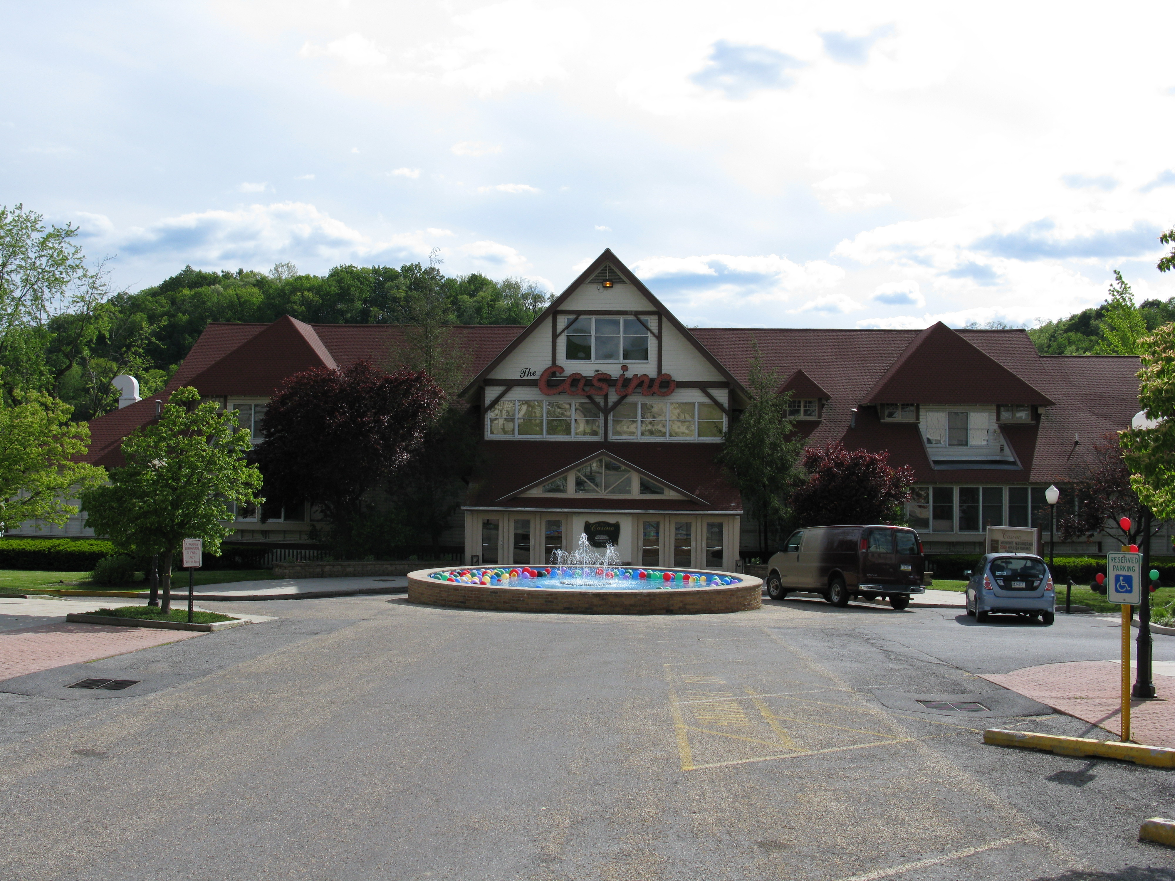 The casino lakemont william hill gambling addiction