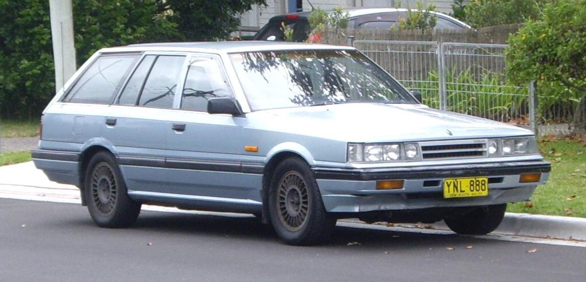 File:1986 Nissan Skyline (R31) GX station wagon ...