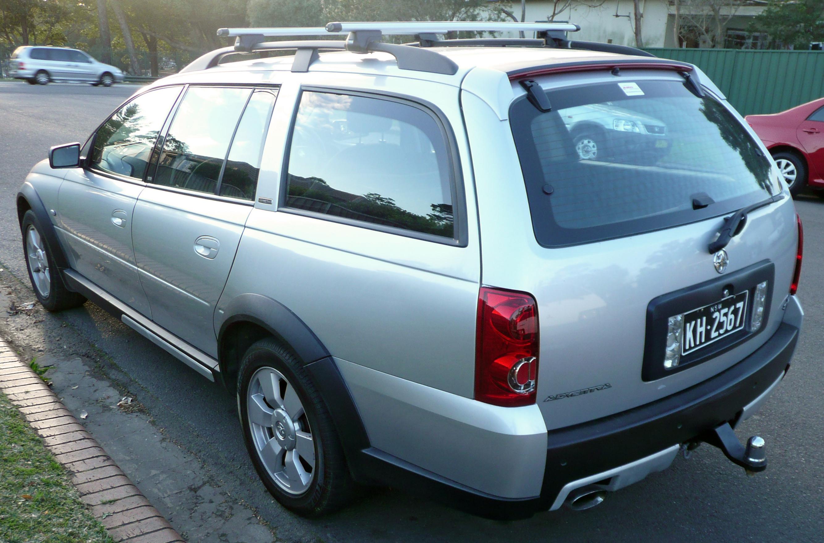 File:2005 Holden Adventra (VZ) SX6 station wagon (2009-08-