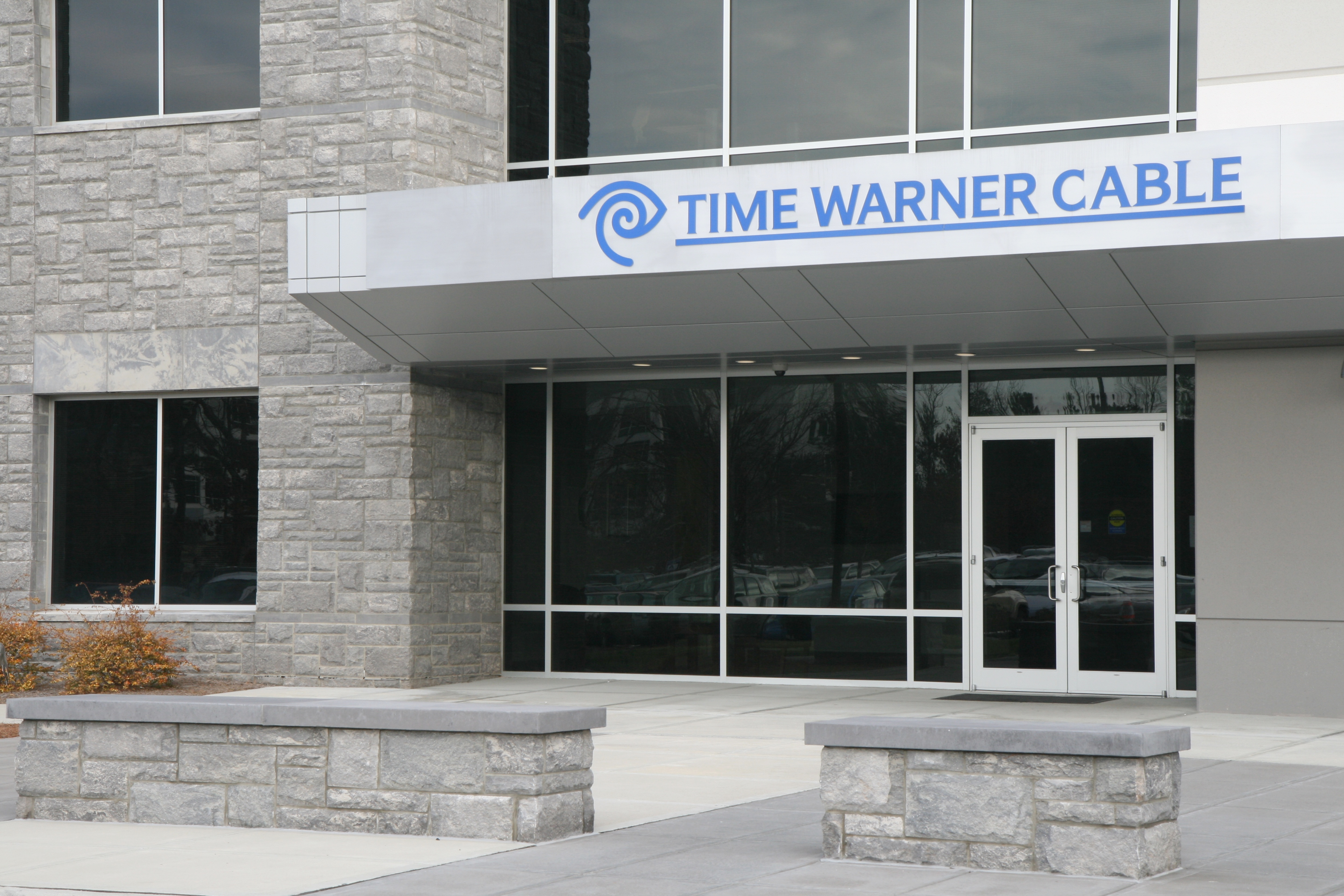 Comcast to Acquire Time Warner Cable for $44.2b