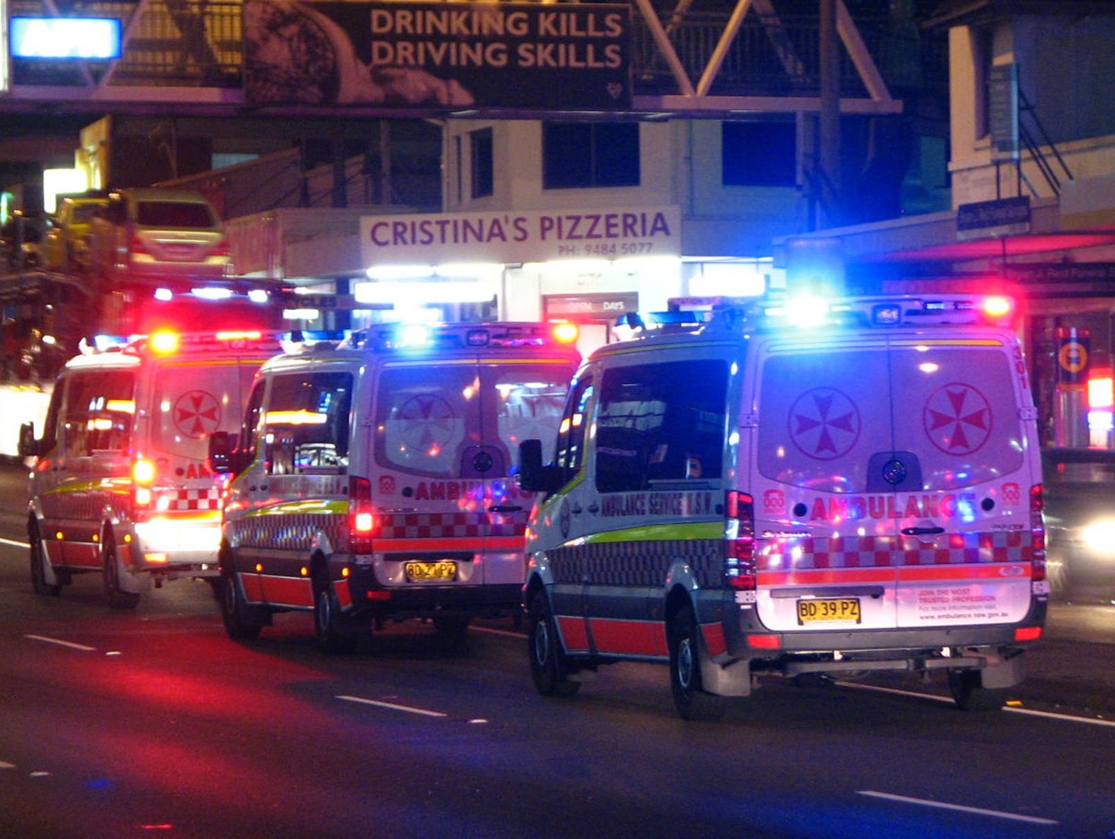 File 3 X Ambulance Service Nsw Mercedes Benz Sprinter