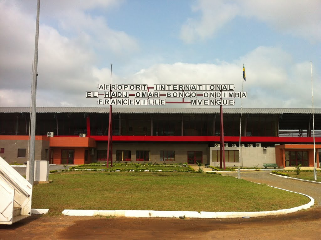 M'Vengue El Hadj Omar Bongo Ondimba International Airport ...