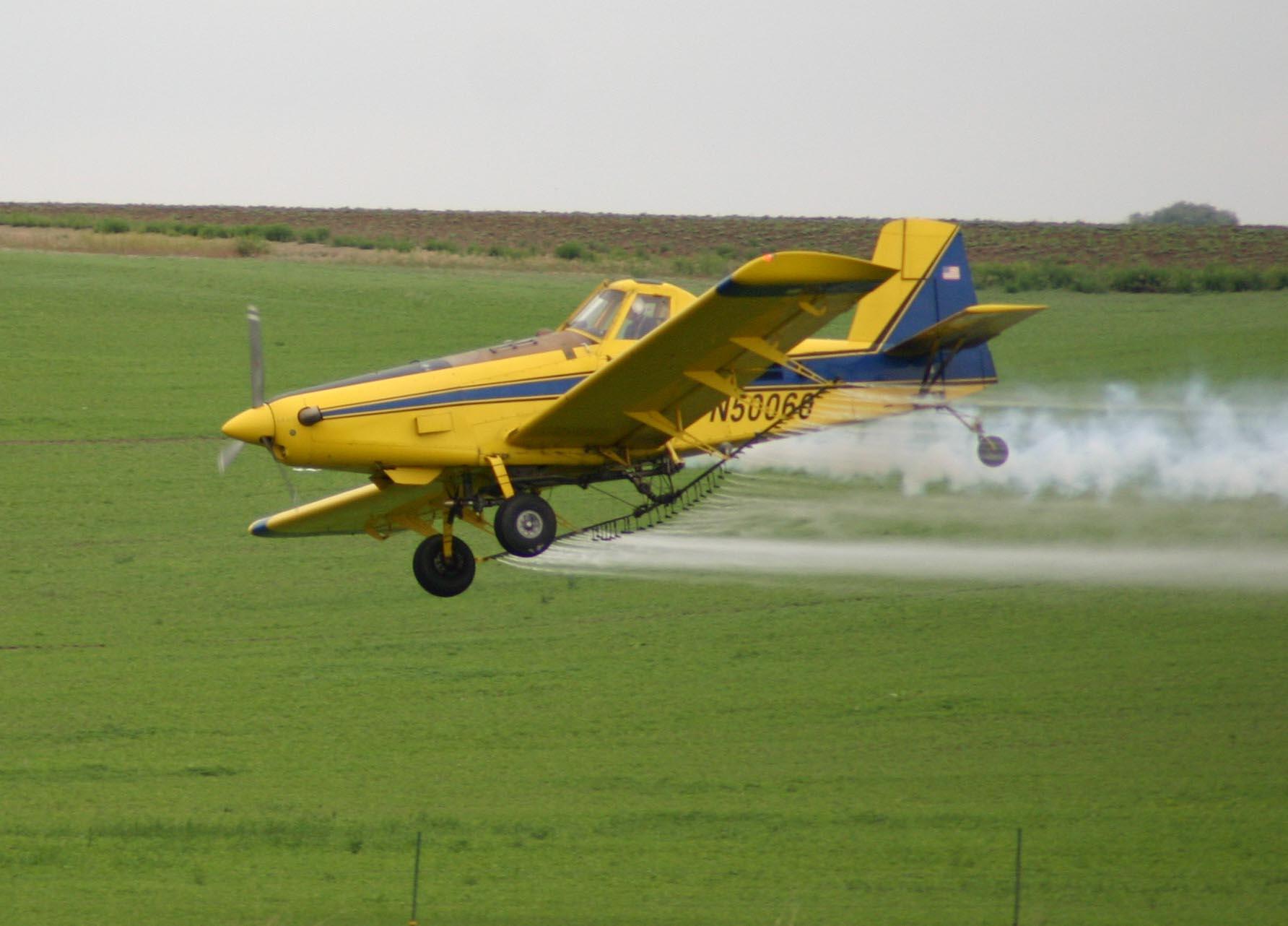 Irrorazione aerea con agrofarmaci