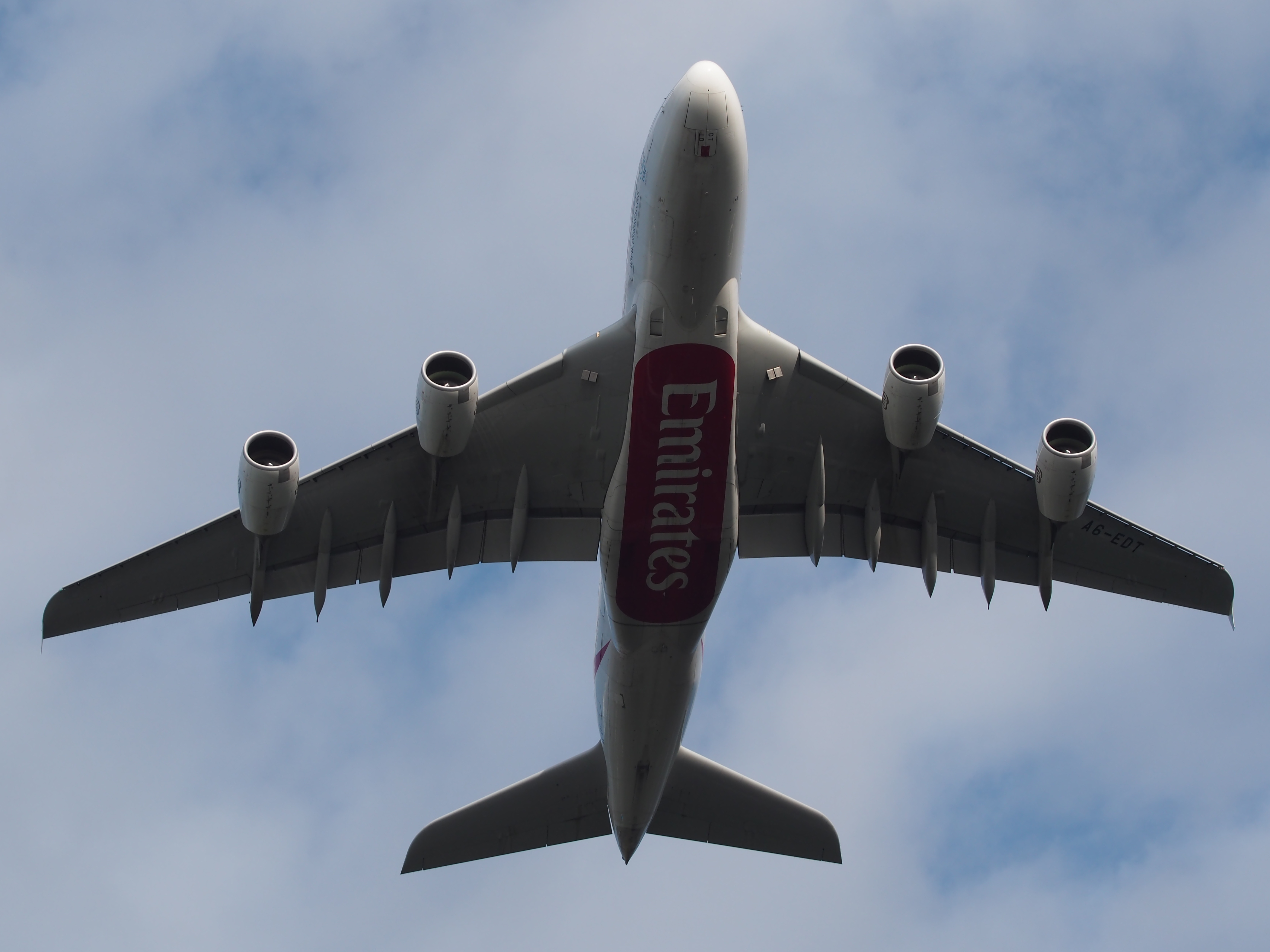 File:Airbus A380, A6-EDT take-off from Amsterdam Schiphol