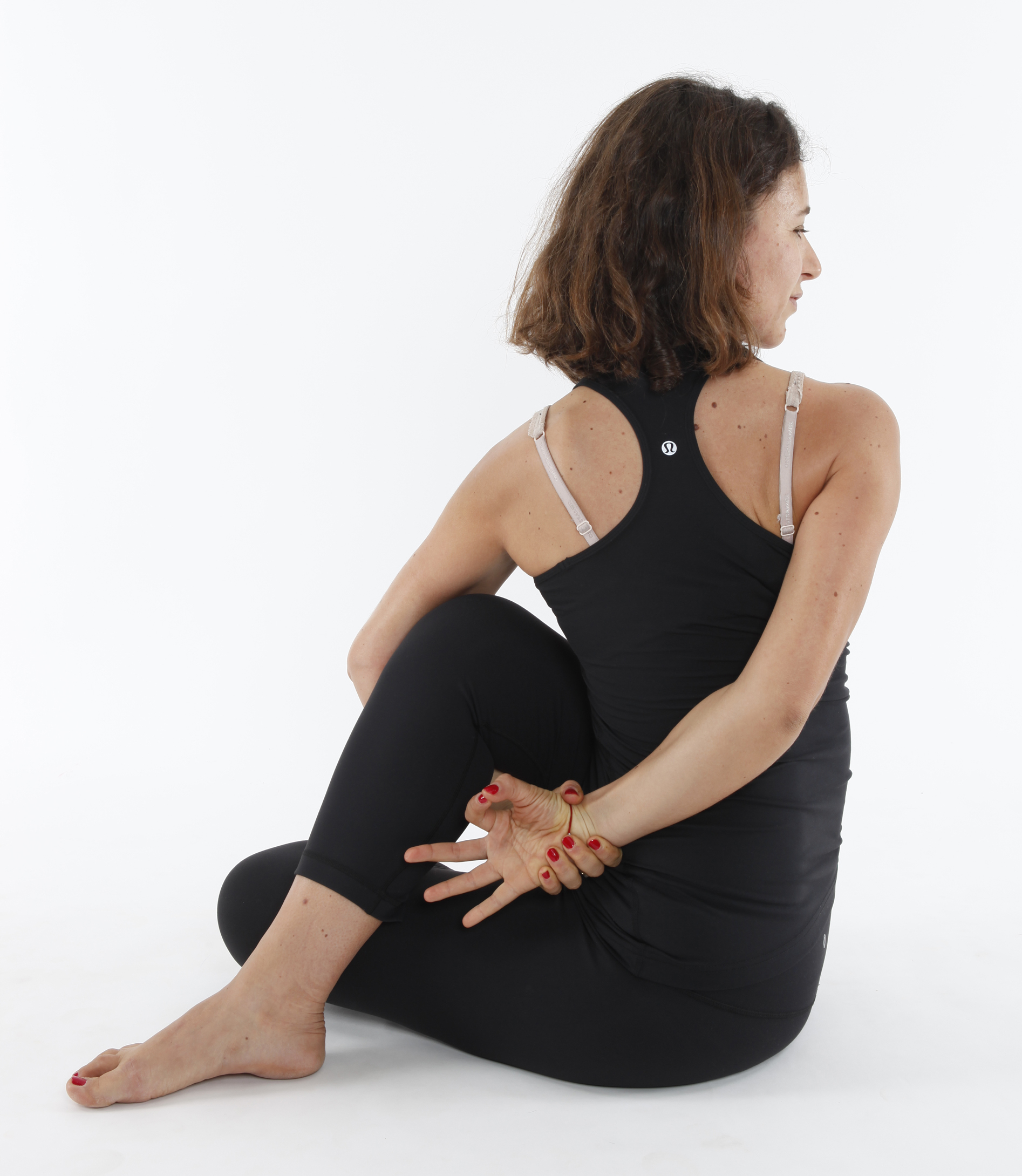 File Ardha Matyendrasana Half Lord Of The Fishes Pose