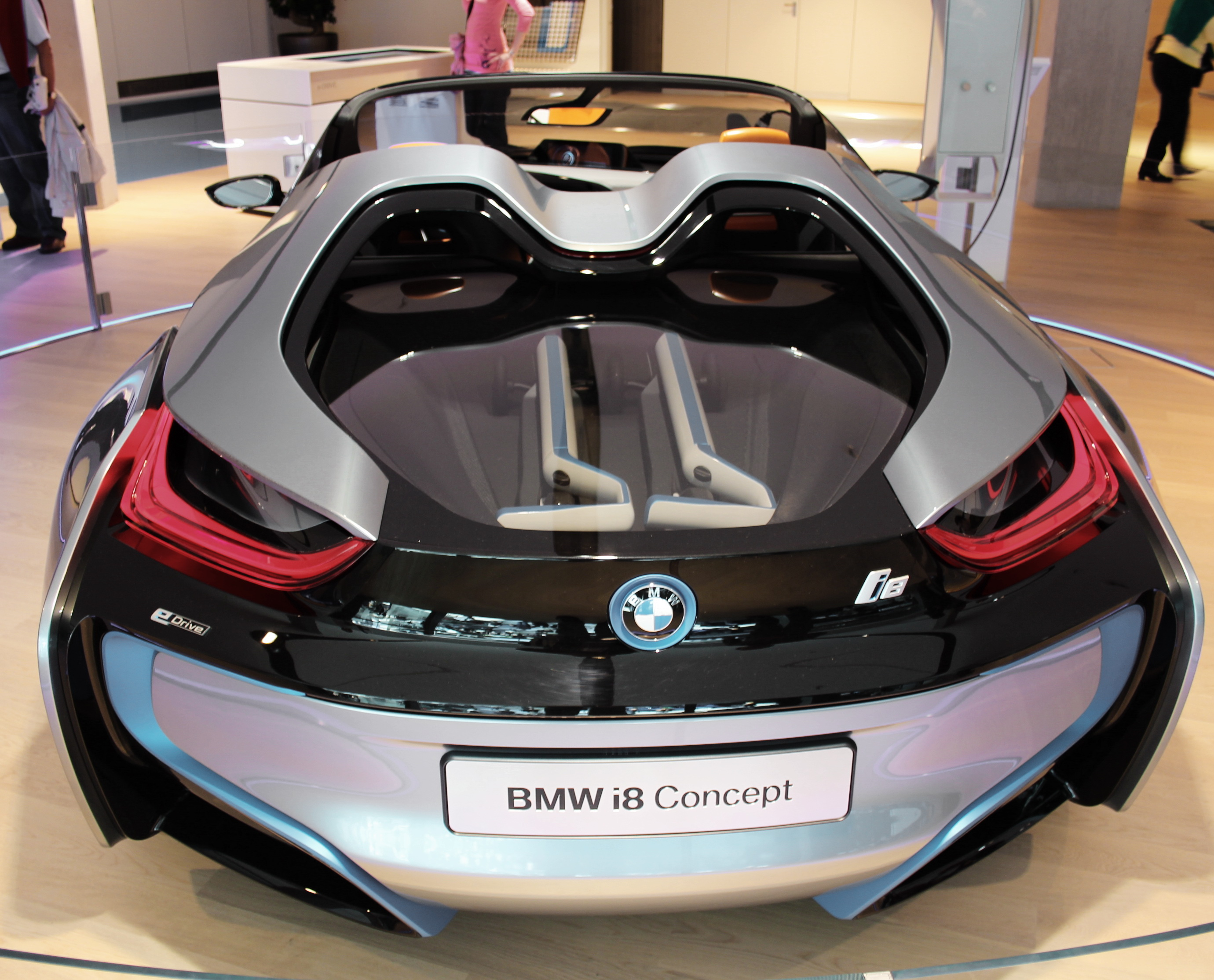 File:BMW i8 Spider Concept.JPG - Wikimedia Commons