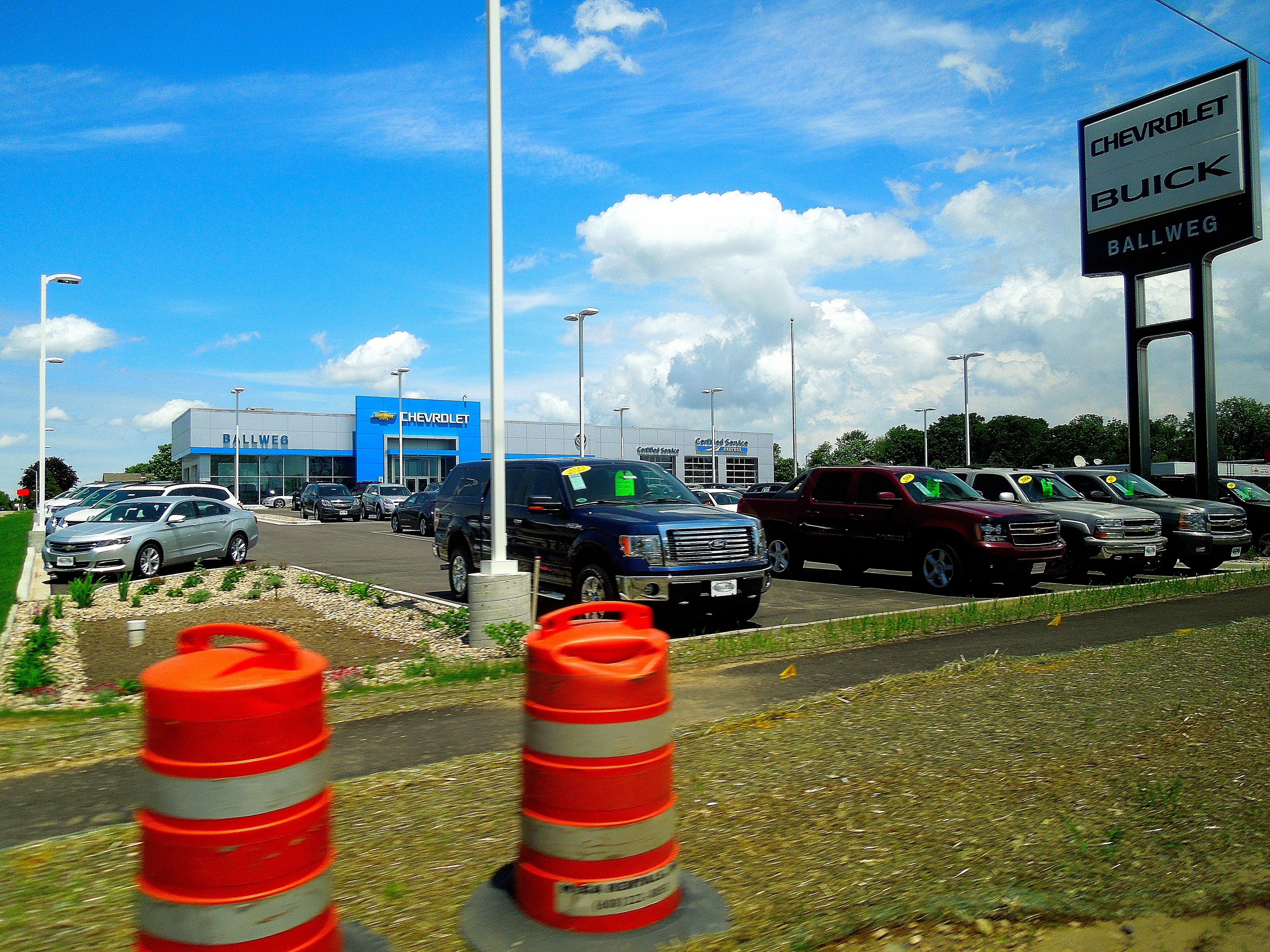 File:Ballweg Chevrolet Buick   Panoramio