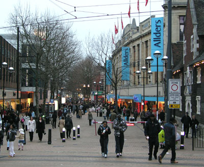 North End shopping street photographed in 2005, after pedestrianisation CroydonNorthEnd.jpg