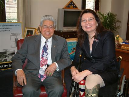 File:Daniel Akaka and Tammy Duckworth.JPG