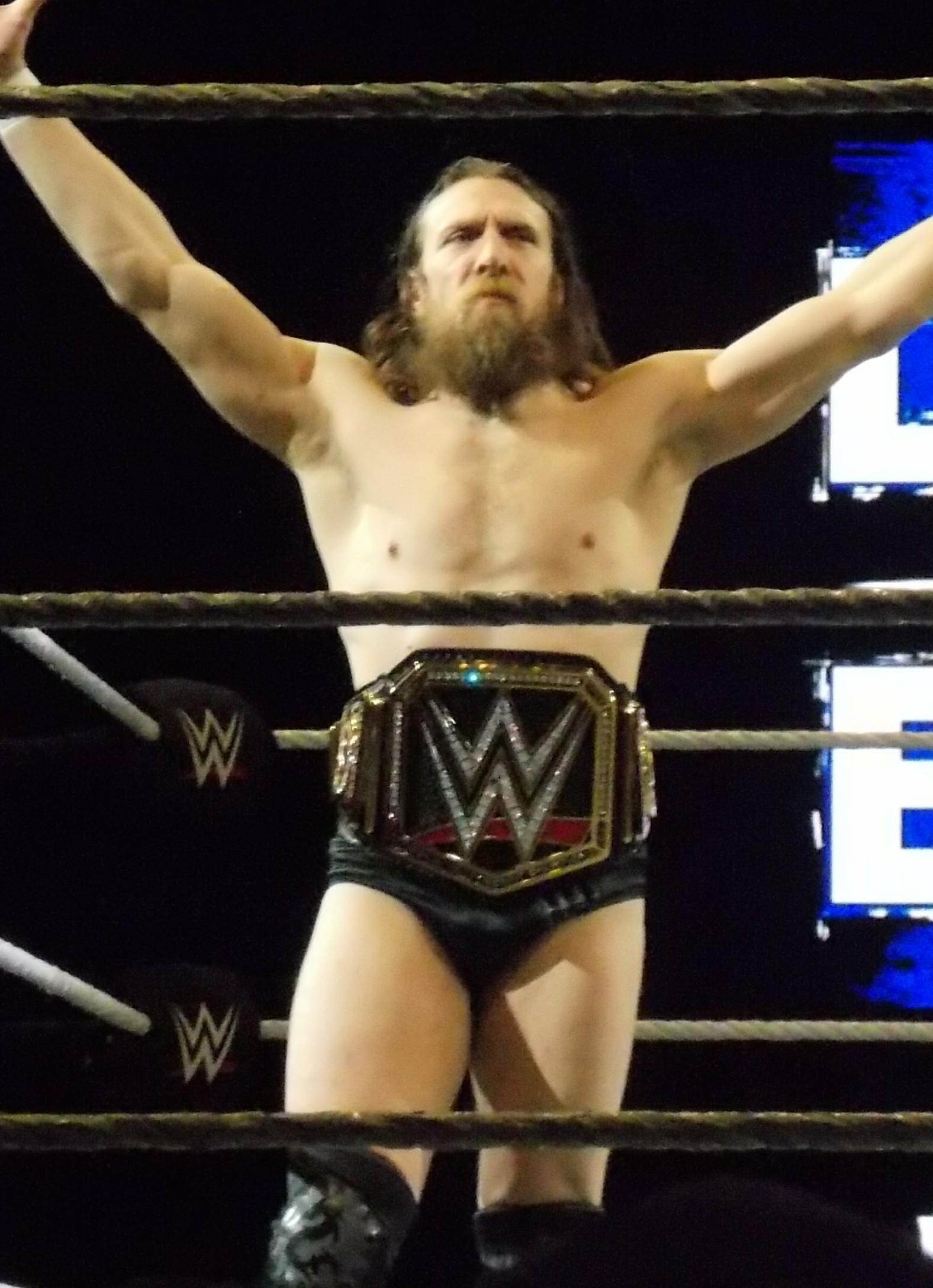 File:Daniel Bryan WWE Champion 2019.jpg - Wikipedia