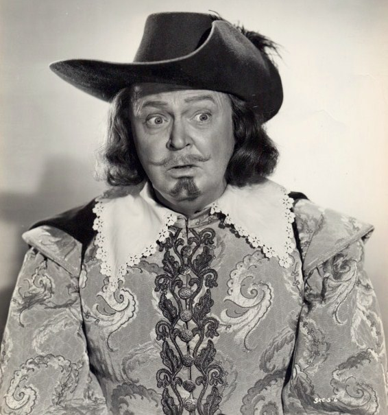 Dans Cyrano de Bergerac (1950, photo promotionnelle)