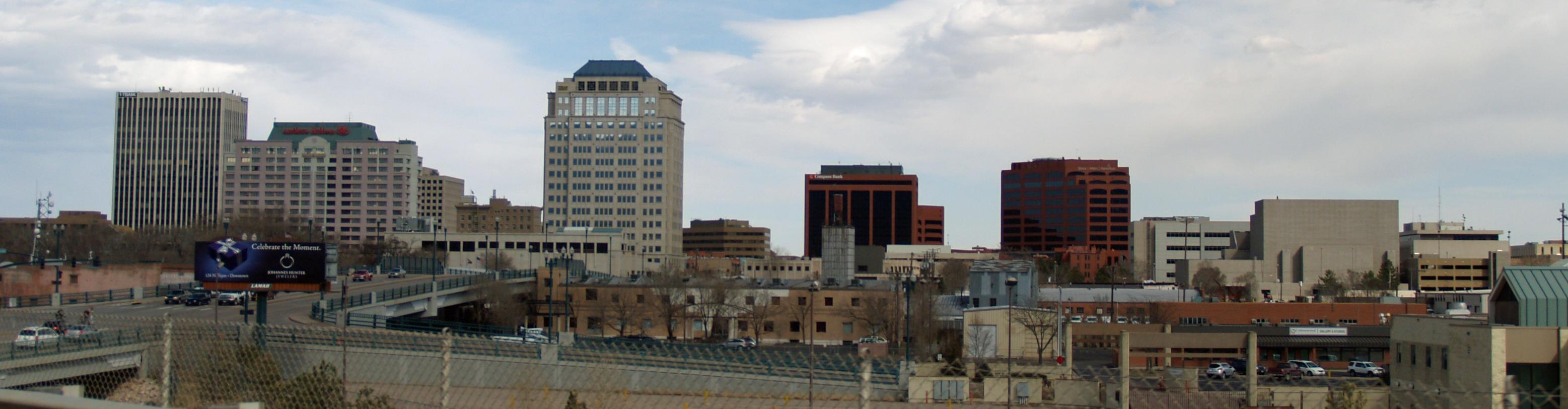 Downtown_Colorado_Springs_by_David_Shankbone_cropped.jpgcolorado city town