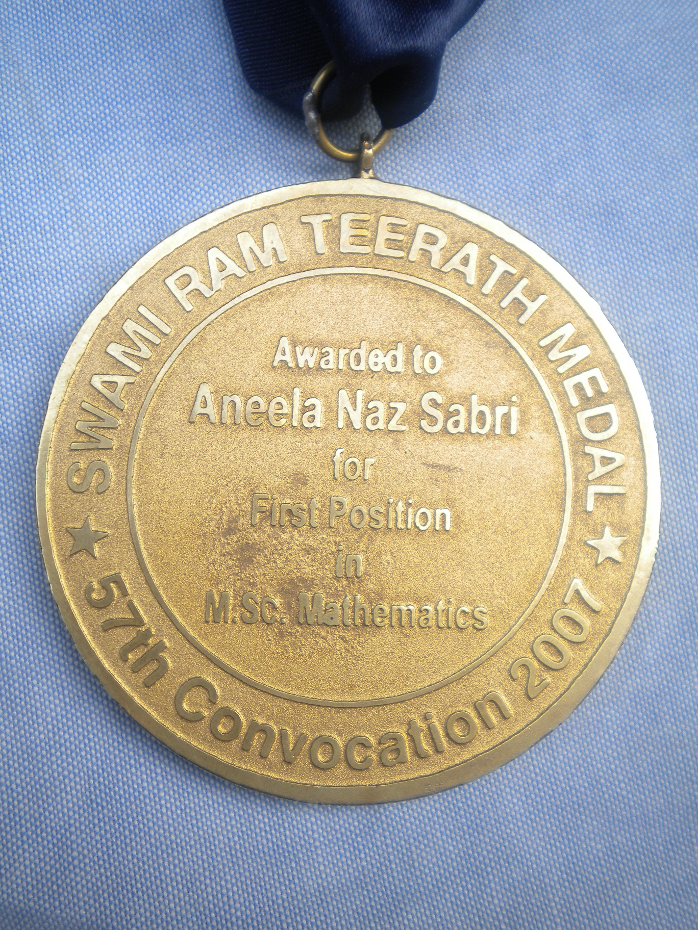 File:FC College Gold Medal - back.JPG - Wikimedia Commons