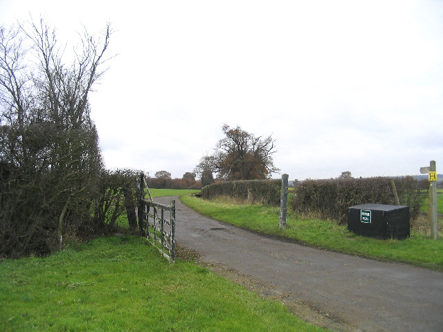 Farm Road, Hydes Farm, Abridge.