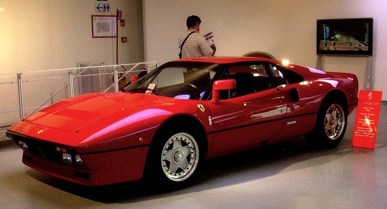 Ferrari_288_GTO_red.jpg