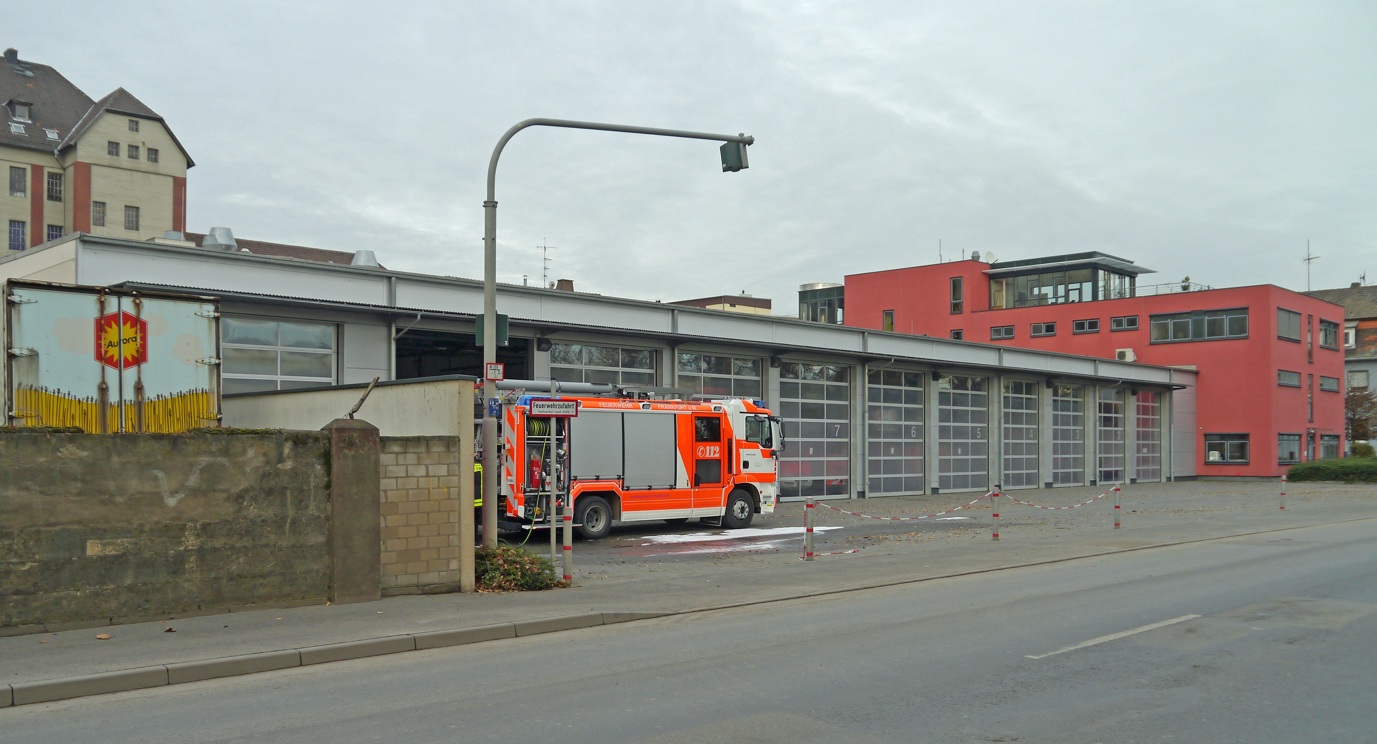 Fire station - Wikipedia