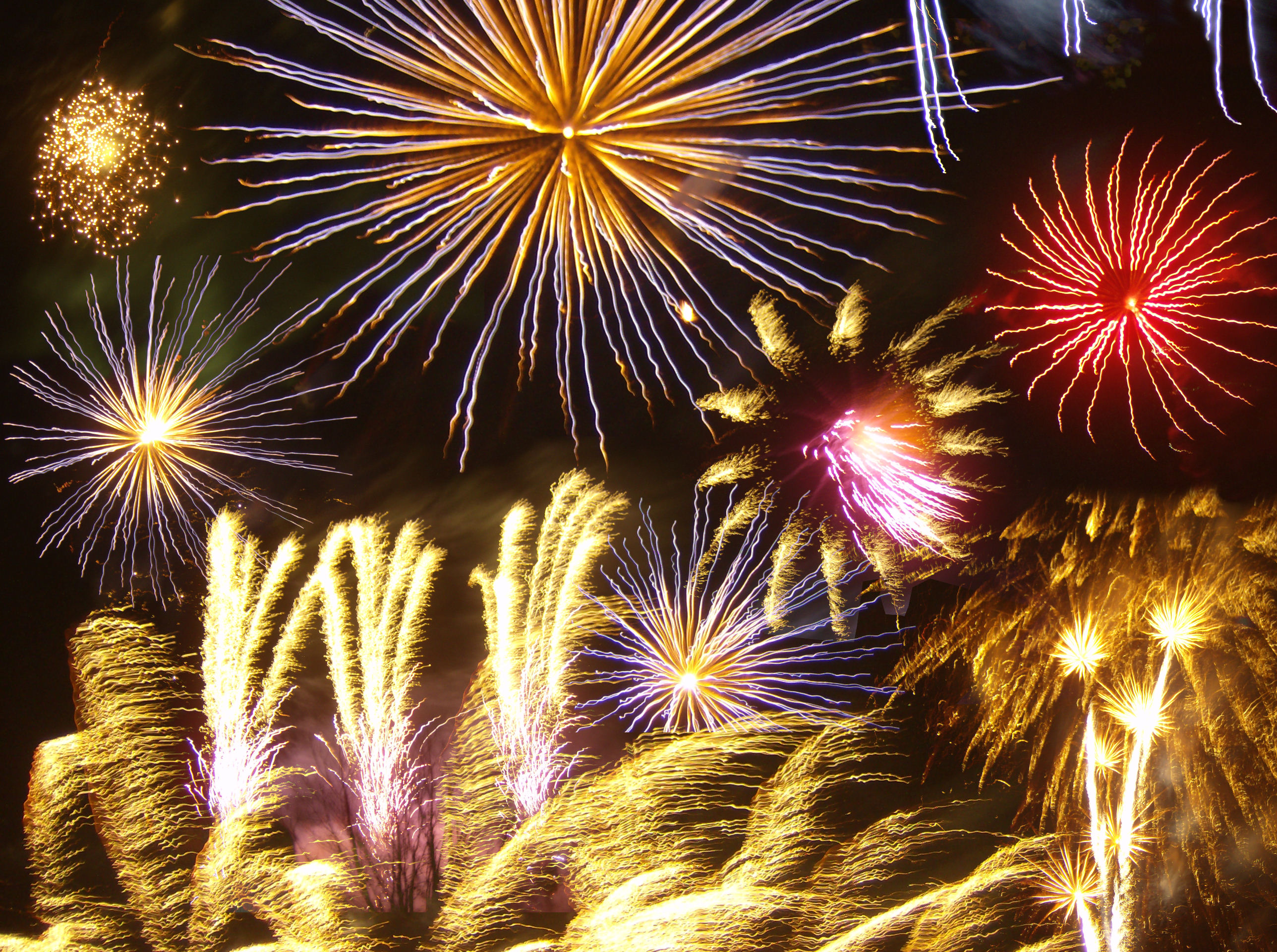 File:Firework photomontage.jpg - Wikimedia Commons