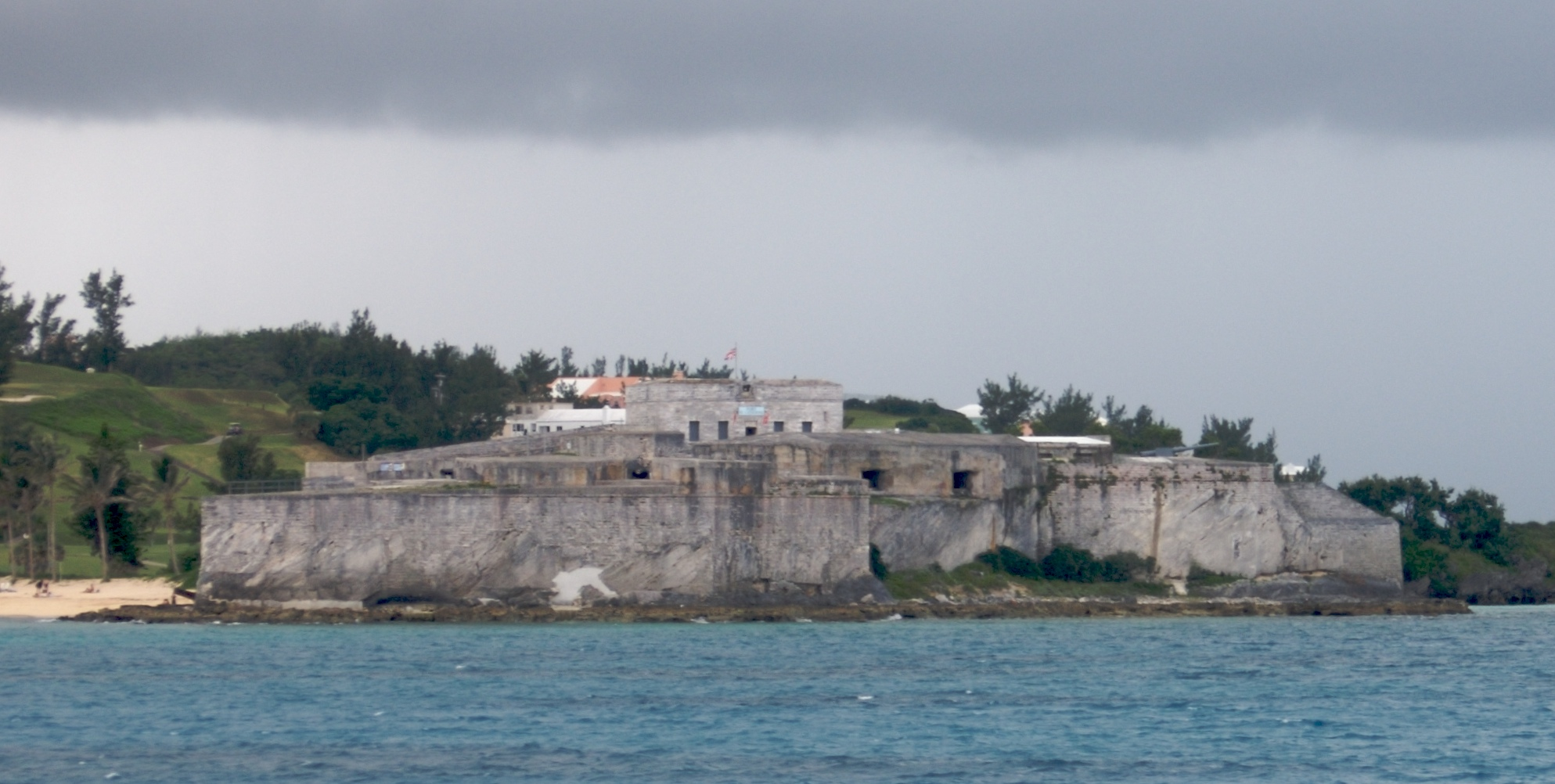 File Fort St Catherine From The Water Jpg Wikimedia Commons