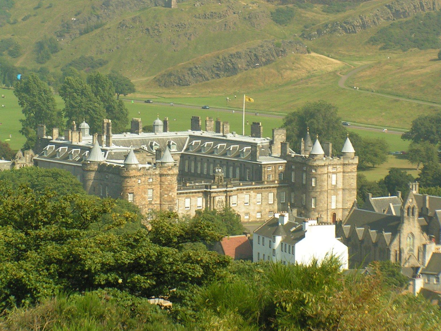Palace of Holyroodhouse, Edynburg - rezydencja monarchów brytyjskich w Szkocji