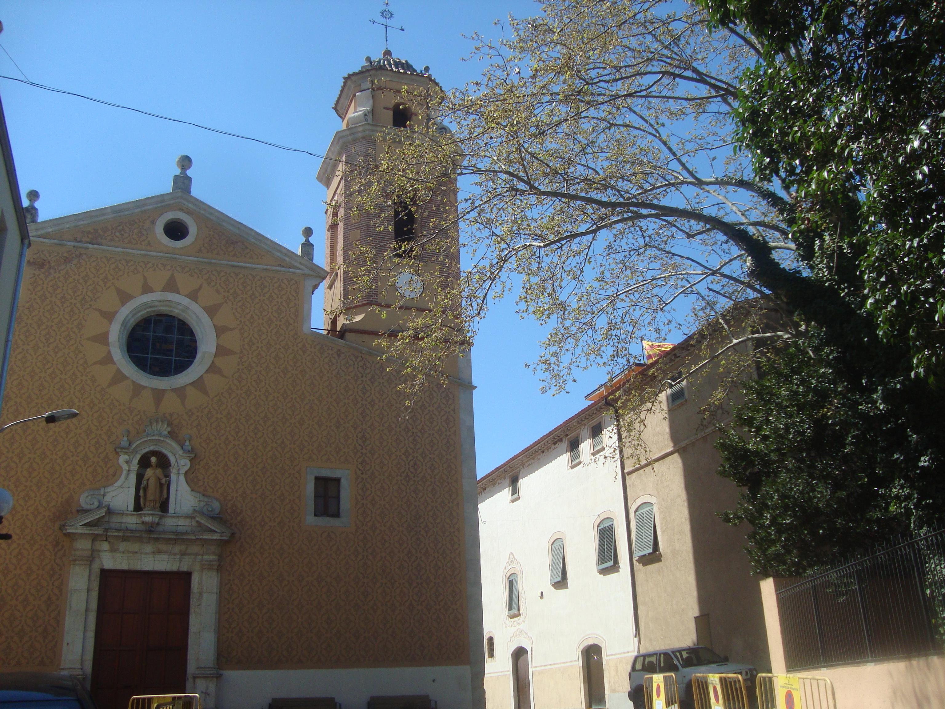 Archivo:Iglesia parroquial de San Martín en El Morell (Tarragona ...