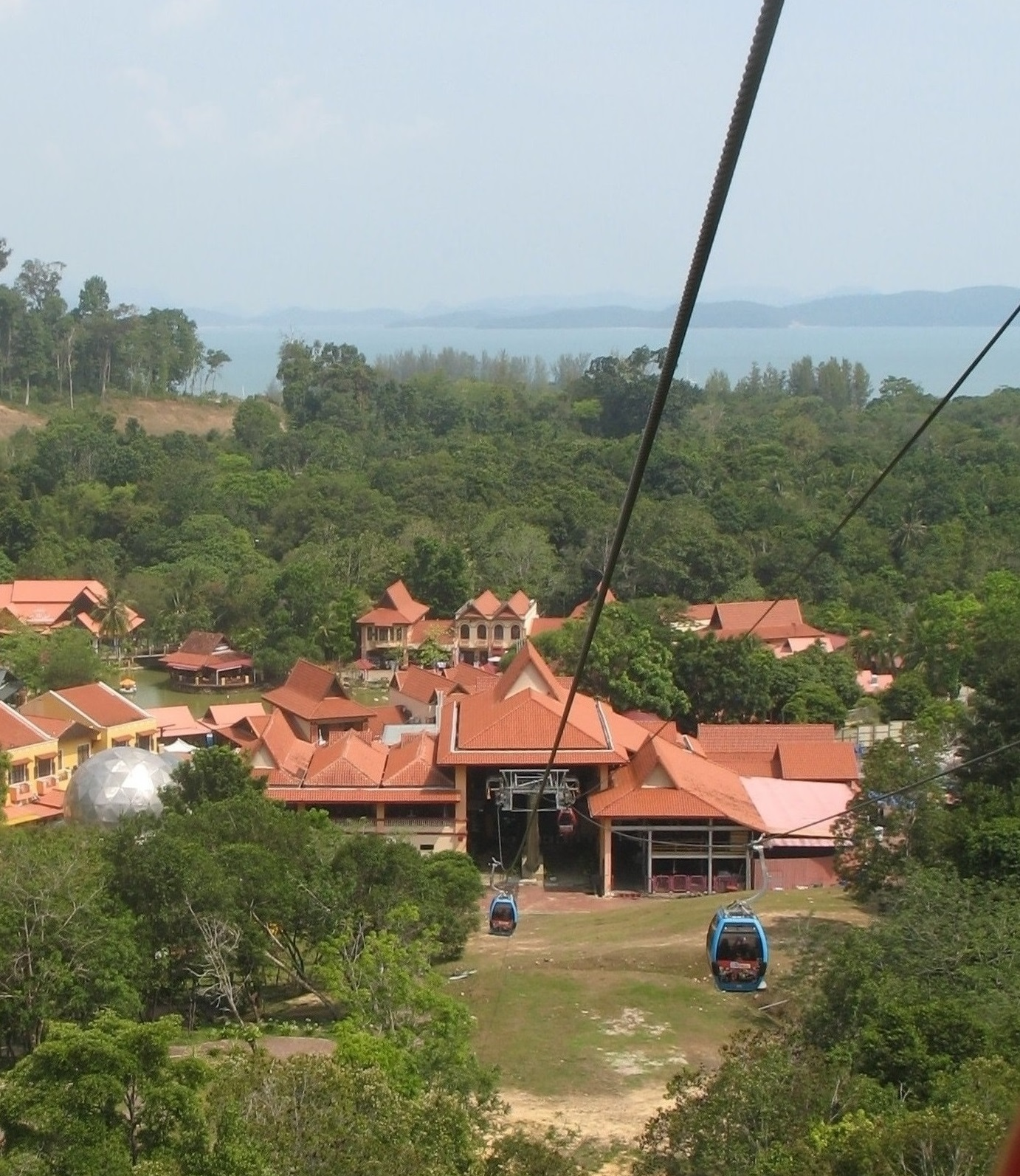 Cable car in the Oriental Village
