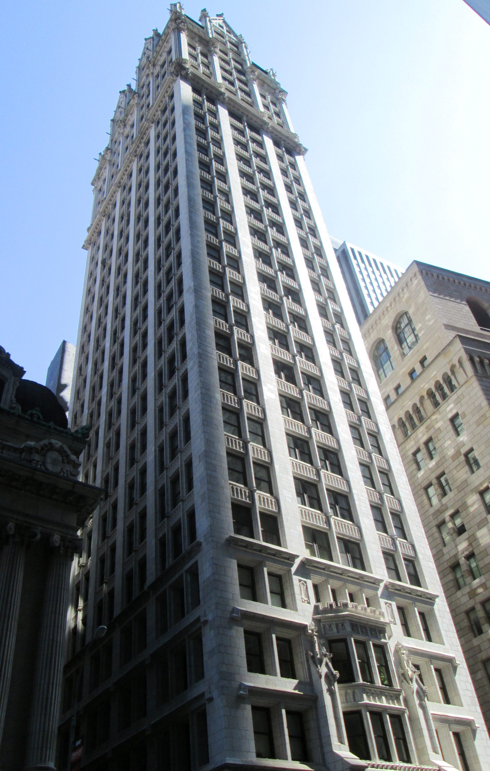File Liberty Tower From West Jpg Wikimedia Commons