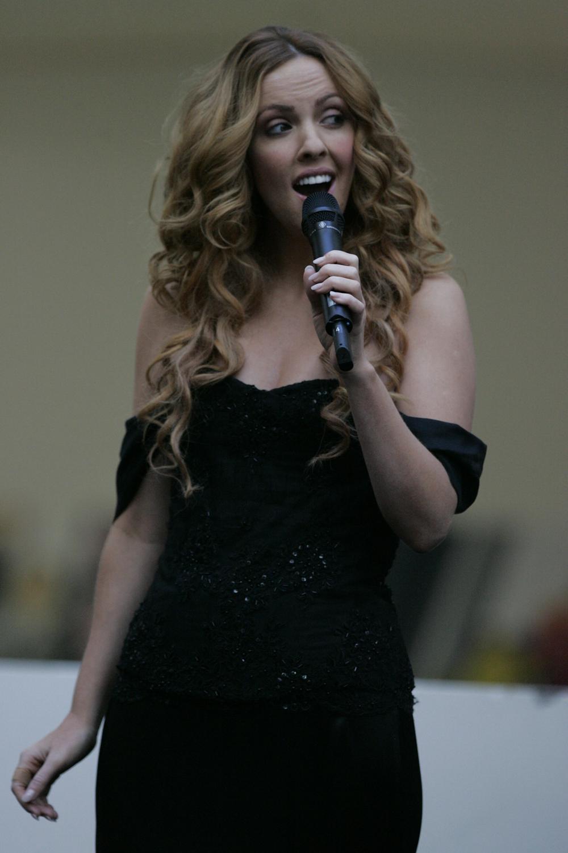 Lisa Lambe httpsuploadwikimediaorgwikipediacommonsaa
