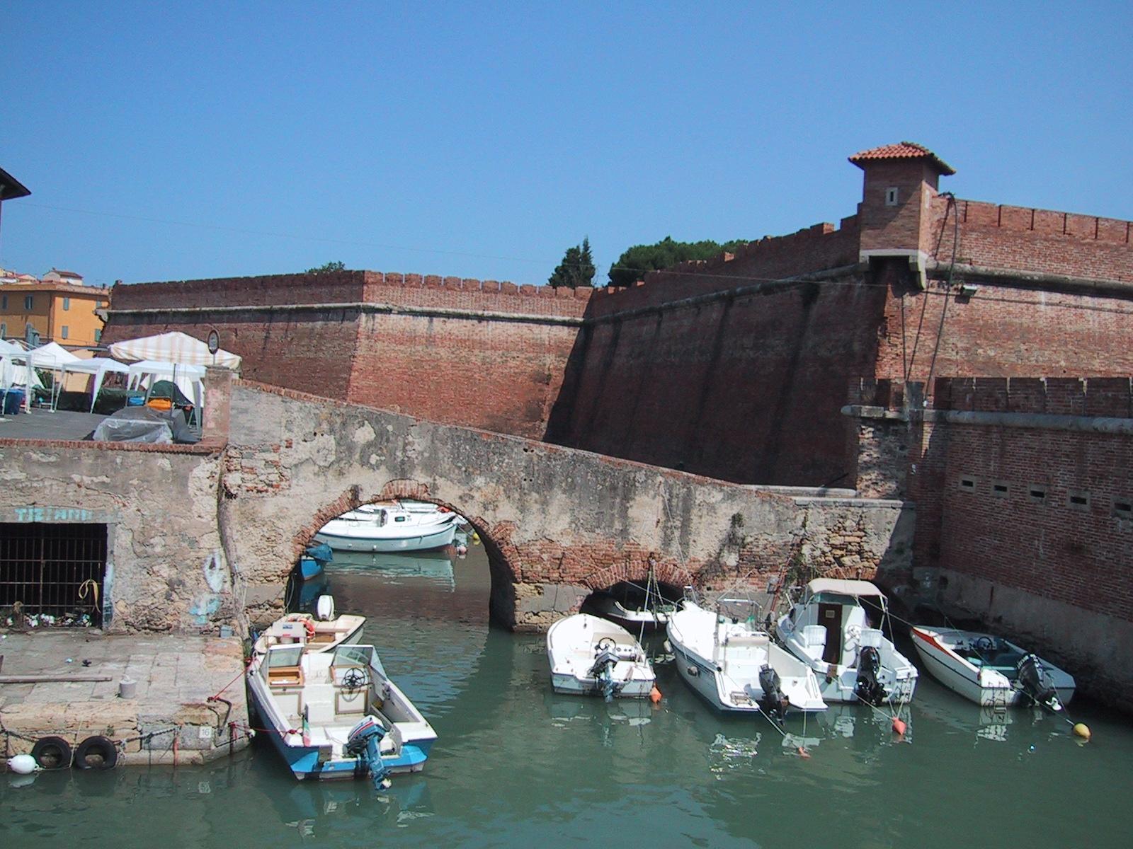 File:Livorno-Fortezza Nuova.jpg - Wikimedia Commons