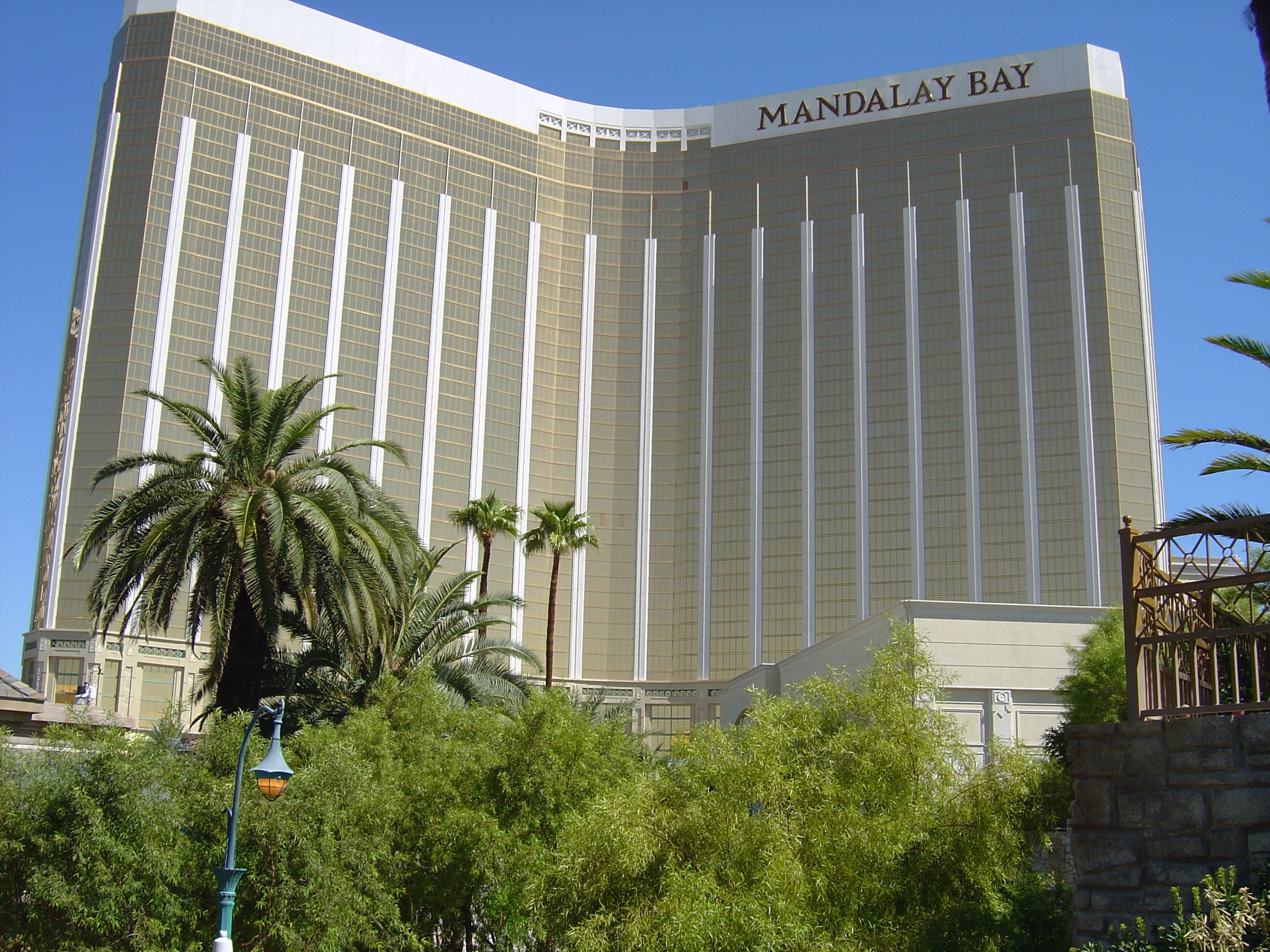 Who owns mandalay bay casino catherine cookson the gambling