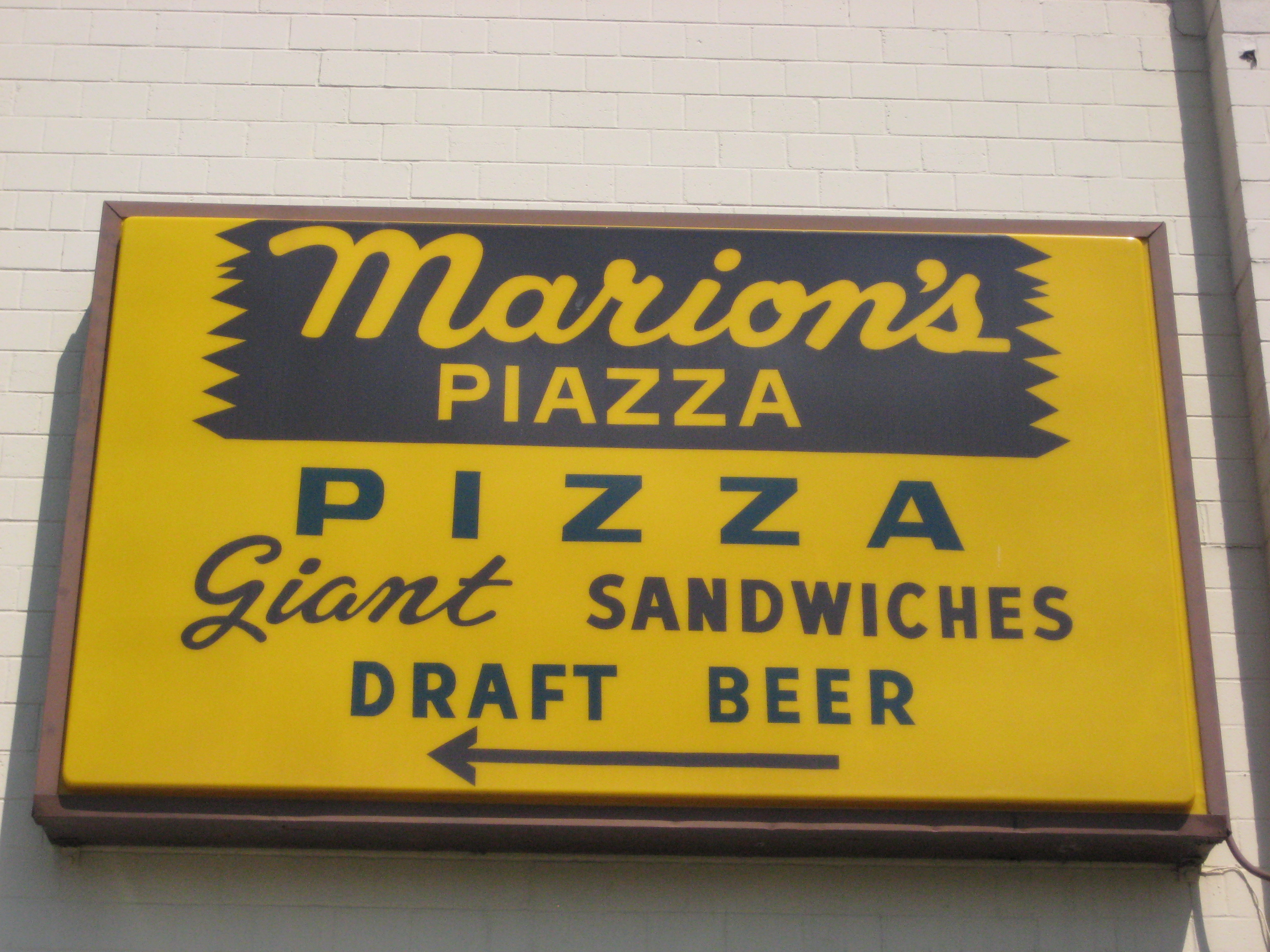 Marion's Piazza - Wikipedia