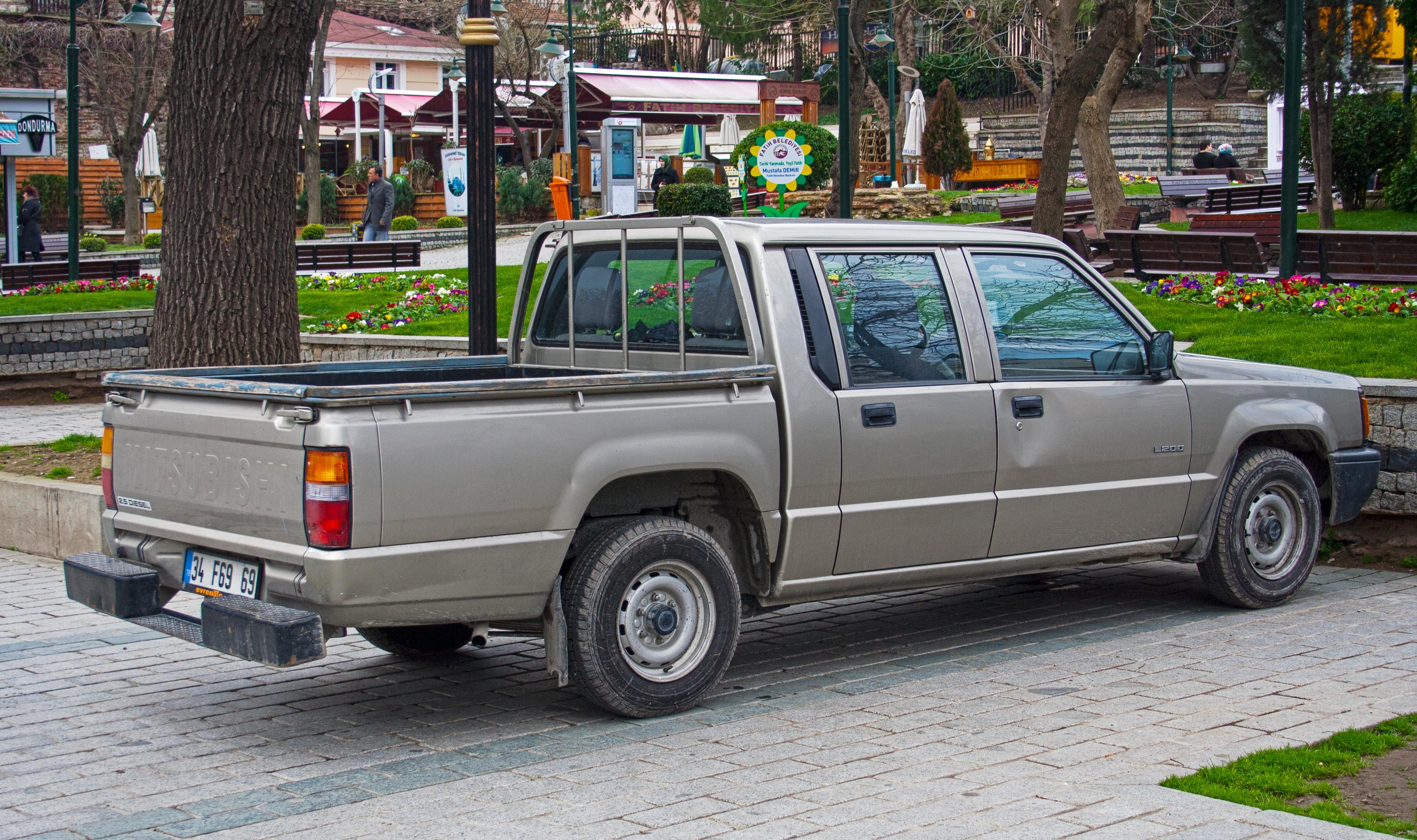 com tonne mitsubishi pickup offers myautoworld towing trucks autonews capacity
