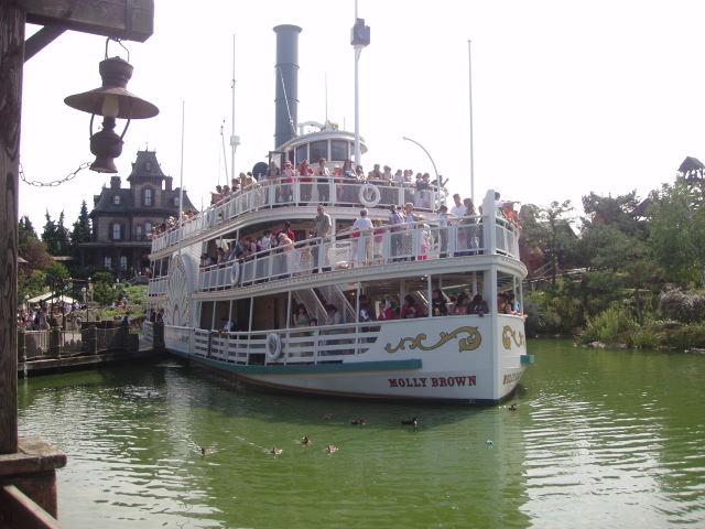 Description molly brown river boat, disneyland resort paris