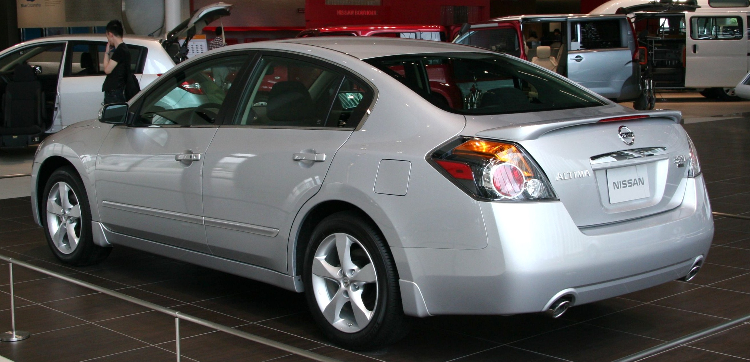 Superb File:NISSAN ALTIMA 3.5 SE Rear
