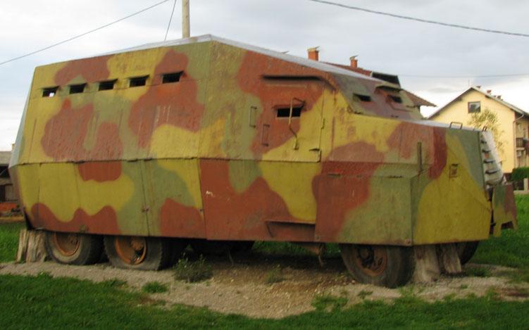 Oklopni_kamion_Tatra_-_Sv._Juraj.jpg