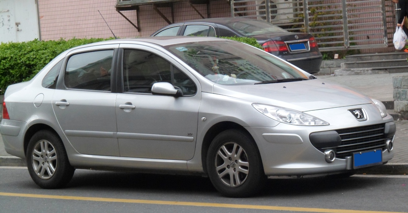 file peugeot 307 sedan facelift china 2012 04 14 jpg wikimedia commons. Black Bedroom Furniture Sets. Home Design Ideas