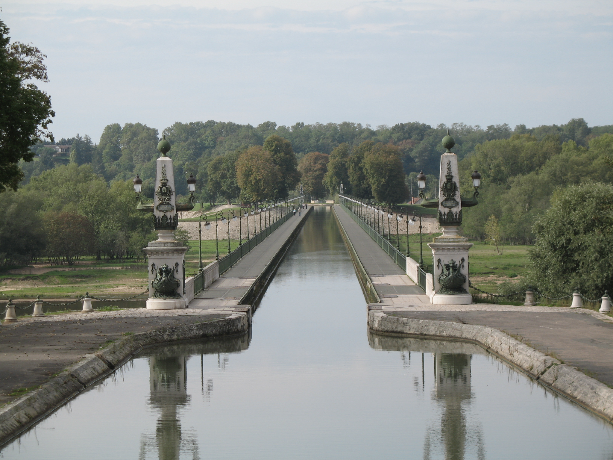 Fitxer pont canal de viquip dia l for Carreaux de briare
