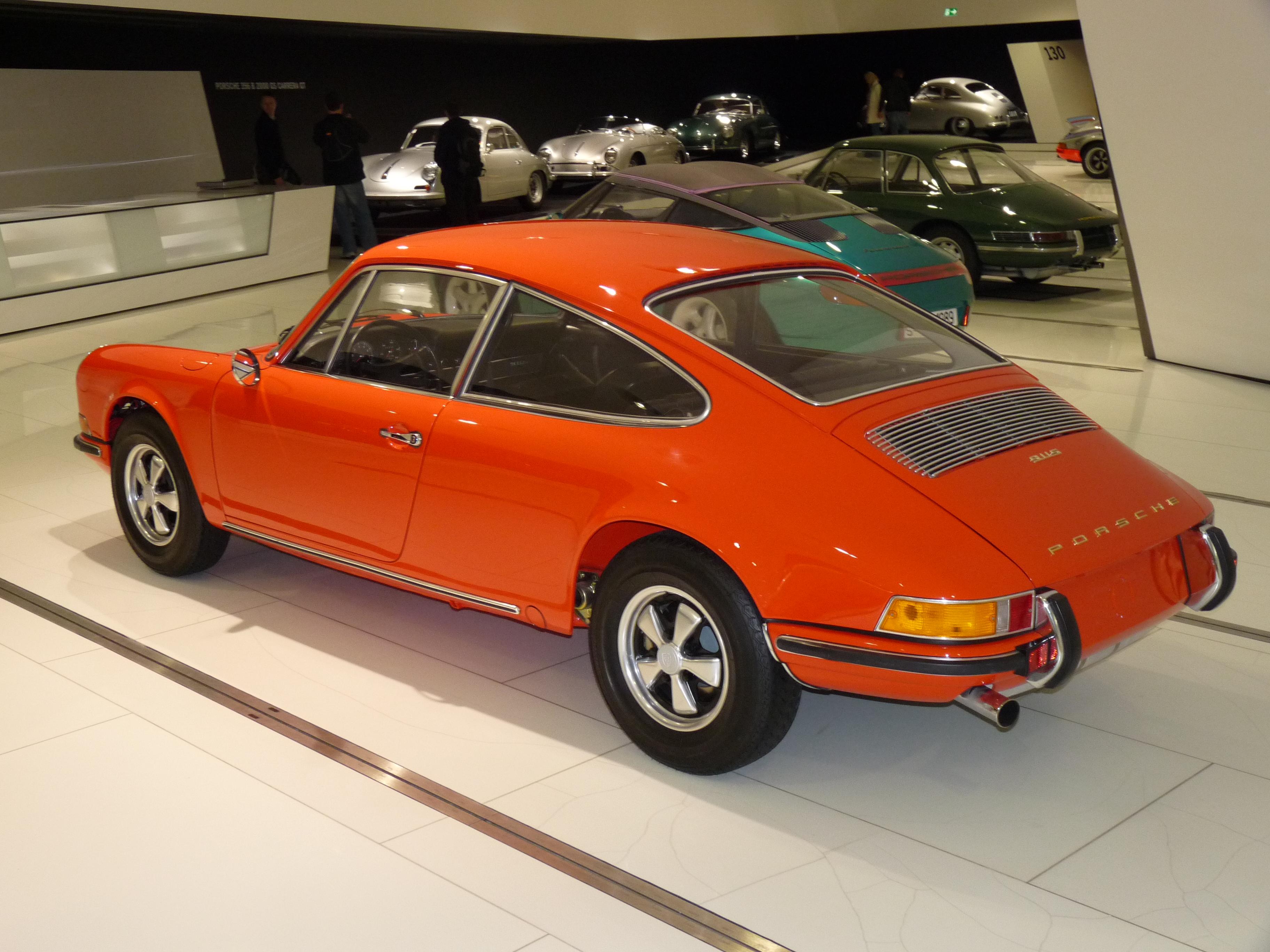 File:Porsche 911 S Typ 915 Prototype 1970 backleft 2010-03-12 A.JPG