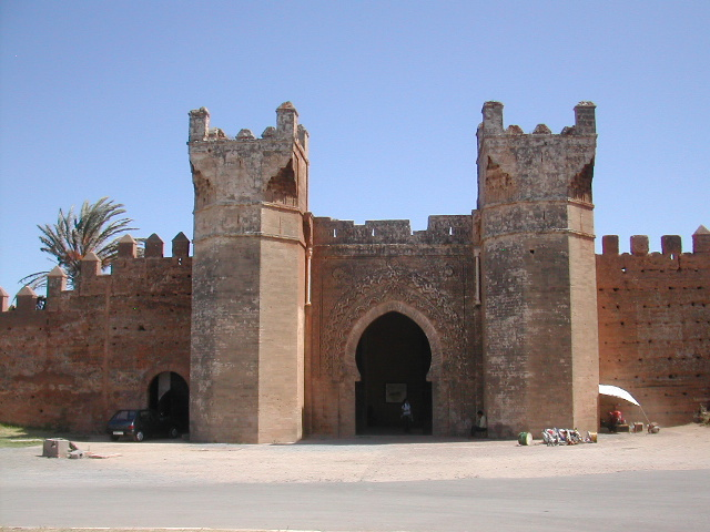 http://upload.wikimedia.org/wikipedia/commons/a/aa/Porte_chellah_2006.jpg
